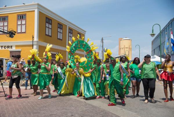 Aruba Doet Carnaval 2